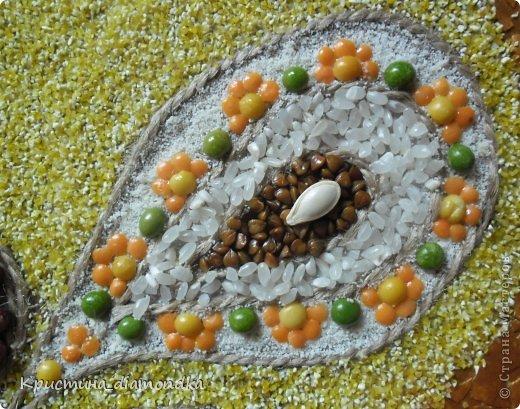 Картина панно рисунок Мастер-класс 8 марта День матери Аппликация Панно из круп + мини МК Гуашь Клей Кофе Краска Крупа Материал природный Семена Скорлупа яичная Фанера Шпагат фото 12