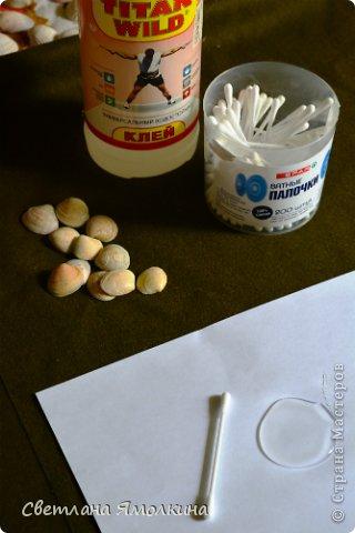 Картина панно рисунок Мастер-класс Аппликация МК Цветы из ракушек Бусинки Клей Проволока Ракушки Стекло фото 3