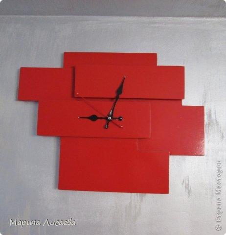Эти часы я сделала сама, висят они в спальне. фото 2