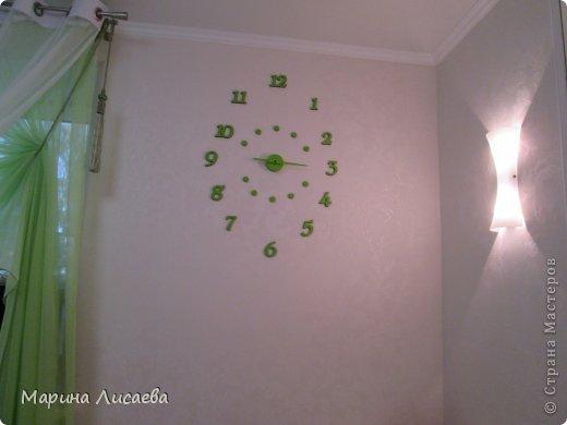 Эти часы я сделала сама, висят они в спальне. фото 4