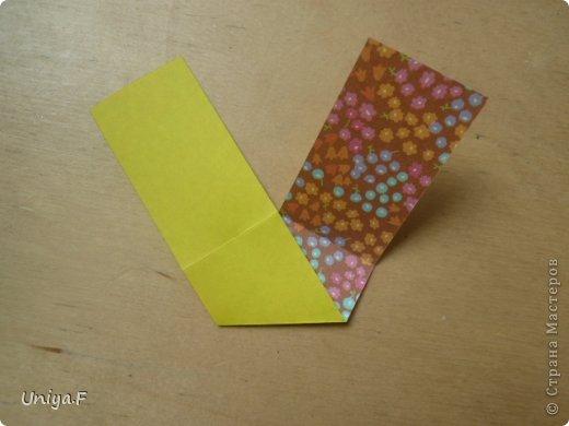 """Снова здравствуйте!  Следующая модель из ленточно-цветочной серии Индира. Она получилась самой аккуратной и кругленькой.   Name: Indira collection """"Ribbon Flowers"""" Designer: Uniya Filonova Units: 30 Paper: 2,9 * 15 sm  Final height: ~ 8,5 sm Joint: no glue фото 3"""