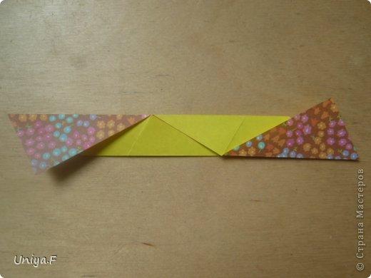 """Снова здравствуйте!  Следующая модель из ленточно-цветочной серии Индира. Она получилась самой аккуратной и кругленькой.   Name: Indira collection """"Ribbon Flowers"""" Designer: Uniya Filonova Units: 30 Paper: 2,9 * 15 sm  Final height: ~ 8,5 sm Joint: no glue фото 5"""