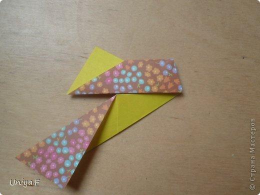 """Снова здравствуйте!  Следующая модель из ленточно-цветочной серии Индира. Она получилась самой аккуратной и кругленькой.   Name: Indira collection """"Ribbon Flowers"""" Designer: Uniya Filonova Units: 30 Paper: 2,9 * 15 sm  Final height: ~ 8,5 sm Joint: no glue фото 8"""
