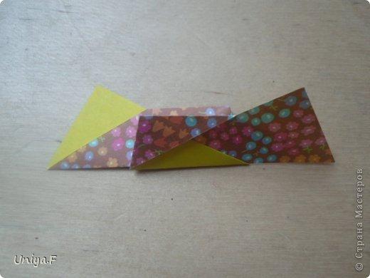 """Снова здравствуйте!  Следующая модель из ленточно-цветочной серии Индира. Она получилась самой аккуратной и кругленькой.   Name: Indira collection """"Ribbon Flowers"""" Designer: Uniya Filonova Units: 30 Paper: 2,9 * 15 sm  Final height: ~ 8,5 sm Joint: no glue фото 11"""