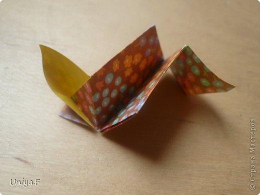 """Снова здравствуйте!  Следующая модель из ленточно-цветочной серии Индира. Она получилась самой аккуратной и кругленькой.   Name: Indira collection """"Ribbon Flowers"""" Designer: Uniya Filonova Units: 30 Paper: 2,9 * 15 sm  Final height: ~ 8,5 sm Joint: no glue фото 15"""