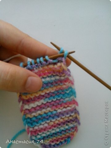 Гардероб Мастер-класс Вязание спицами Очень простые пинеточки для малыша подробный МК Нитки Пуговицы фото 16