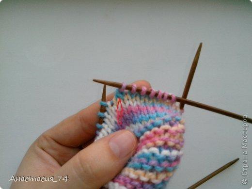 Гардероб Мастер-класс Вязание спицами Очень простые пинеточки для малыша подробный МК Нитки Пуговицы фото 26