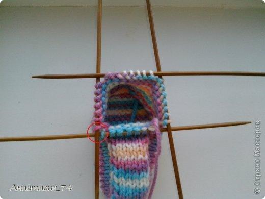 Гардероб Мастер-класс Вязание спицами Очень простые пинеточки для малыша подробный МК Нитки Пуговицы фото 31