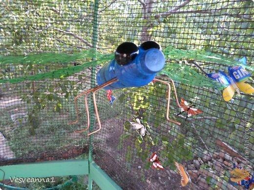 Здравствуйте жители и гости Страны Мастеров ! Вот такая стрекоза поселилась у меня в саду. Может быть кому-то пригодится и у вас появится компания для бабочек. фото 17