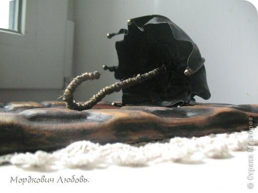 Добрый день!!!Давно эта замечательная ключница была у меня в хотелках.И вот свершилось!!!кажется....Только она у меня кожаная!покажу со всех сторон и при разном освещении.. фото 5
