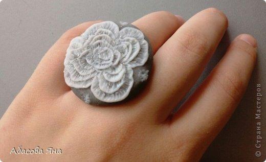 Кулоны и кольцо из полимерной глины. фото 3