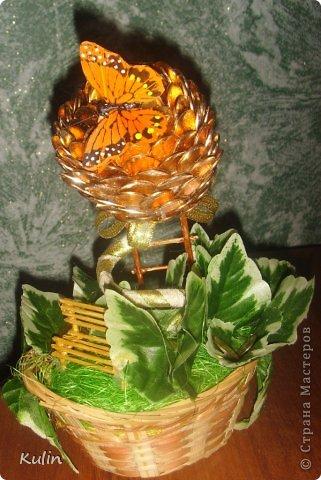 прилетела бабочка(хотя по желанию может быть и птичка,т.к. это магнит) села на цветок,украсила его своею красотой... фото 1