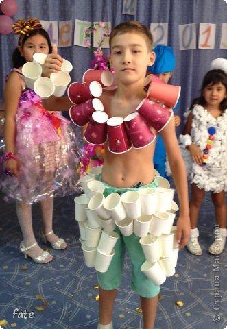 Костюмы цветов своими руками из подручных материалов для мальчиков