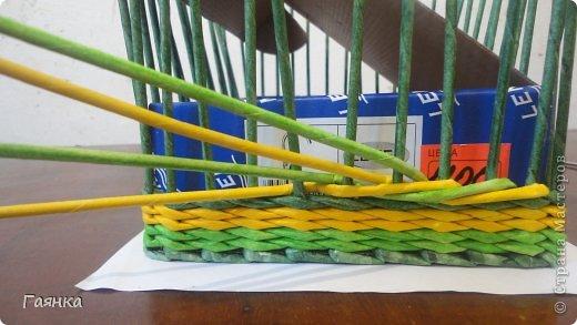 Мастер-класс Плетение Цветная верёвочка из 4 трубочек Бумага фото 4
