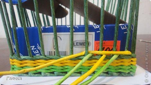 Мастер-класс Плетение Цветная верёвочка из 4 трубочек Бумага фото 10