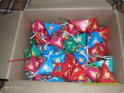 Мне предложили на свадьбу для конфет сделать бонбоньерки в количестве 70 шт. И я их сделала за 3 дня. фото 9