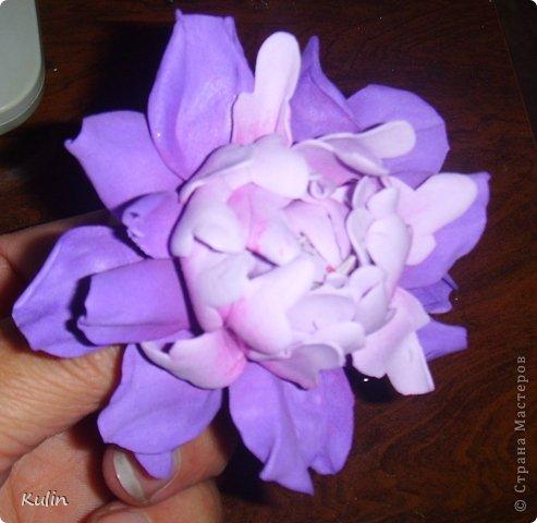 Вот такой примерно цветочек должен получиться, размер в диаметре 7 см фото 1
