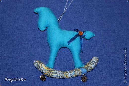 Мастер-класс Поделка изделие Новый год Шитьё Елочные коняшки МК по изготовлению Ленты Пряжа Тесьма шнур Ткань фото 16
