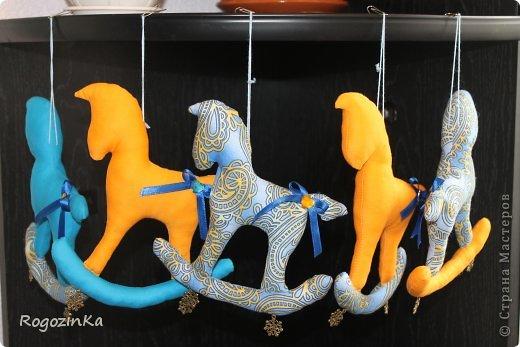 Мастер-класс Поделка изделие Новый год Шитьё Елочные коняшки МК по изготовлению Ленты Пряжа Тесьма шнур Ткань фото 21