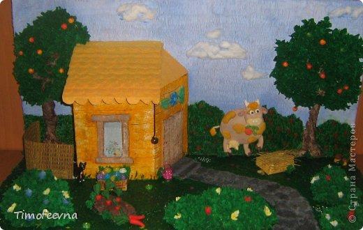 """Здравствуйте, все, кто заглянул посмотреть на мою новую поделку для детского сада на тему """"Лето"""". Не знала что придумать, тема такая одновременно и обширная и, так сказать, заезженная...в голову идут  только зелёная трава, голубое небо, бабочки... А хочется сделать так, чтоб запоминалось и выделялось. Но, в общем, нашла основу и макет родился сам собой, не оригинальный, конечно, но всё таки с изюмом :)"""