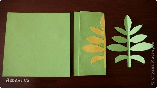 """Недавно я выставляла работу """"Кустик бархатцев"""".  Хочу поделиться, как я делала вот такие цветы бархатцев.  У меня получился вот такой бутон. Он, конечно, чуть зеленее  , чем натура. Надо добавить, наверное, больше желтого. фото 17"""