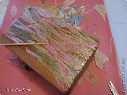 Декор предметов Мастер-класс Аппликация Декупаж Рисование и живопись Шкатулки с аппликацией из сухих лепестков Краска Листья Салфетки фото 9