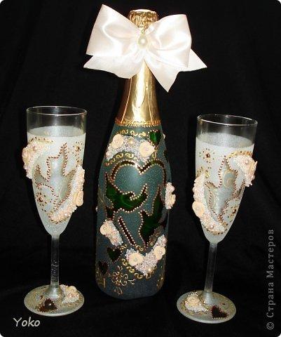 """Поступил заказ на """"Голубок"""" в коралловом: бутылка, бокалы и свеча-очаг фото 3"""