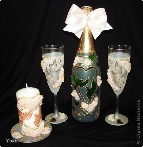 """Поступил заказ на """"Голубок"""" в коралловом: бутылка, бокалы и свеча-очаг фото 1"""