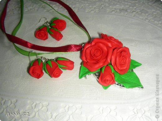 Подвеска и сережки. Розы из запекаемой полимерной глины. фото 1