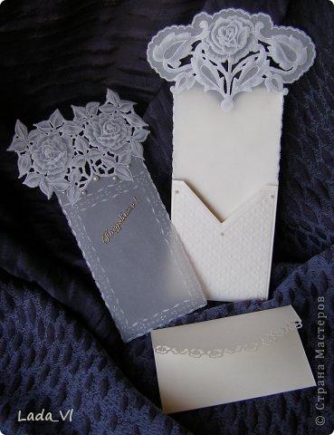 Открытка-конверт в технике Пергамано (Парчмент) – Розы и кружева.   фото 2