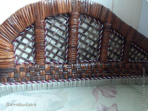 Добрый день дорогие мастера и мастерицы! Как и обещала весь процесс изготовления плетёного диванчика из картона и газетных трубочек. Приступим! фото 23