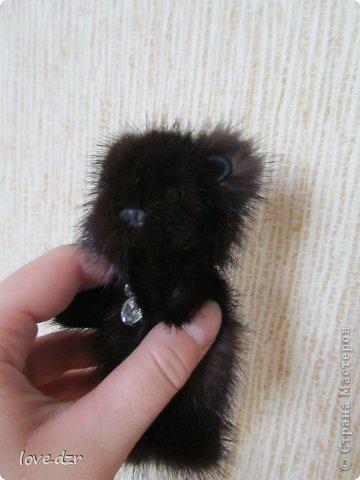 Медвежонок из натурального меха(норка),кожа натуральная.Подвеска из страз. фото 3