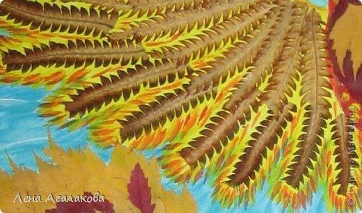 Всем хорошего настроения! Прошлой осенью собирала листья и увидила папоротник - как перышки у птицы. Лежал - ждал своего часа...И еще березовые листики так и просились в хвост жар-птицы Так появилась моя птица Счастья в подарок подруге на день рождения фото 5