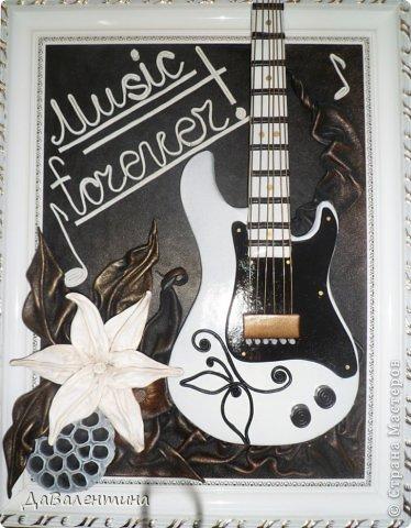 Картина панно рисунок Мастер-класс День рождения Ассамбляж Картины из кожи Гитара 1 и Гитара 2  Кожа фото 1