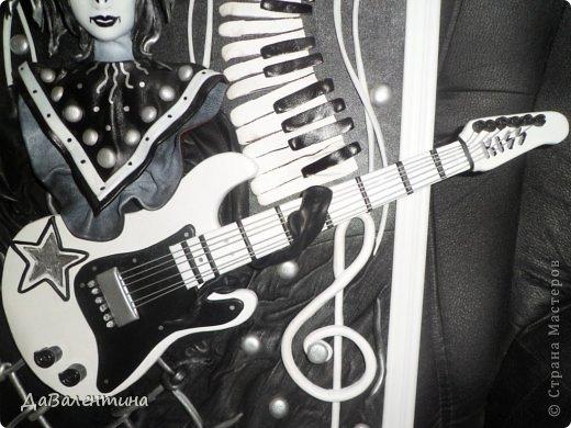 Картина панно рисунок Мастер-класс День рождения Ассамбляж Картины из кожи Гитара 1 и Гитара 2  Кожа фото 11