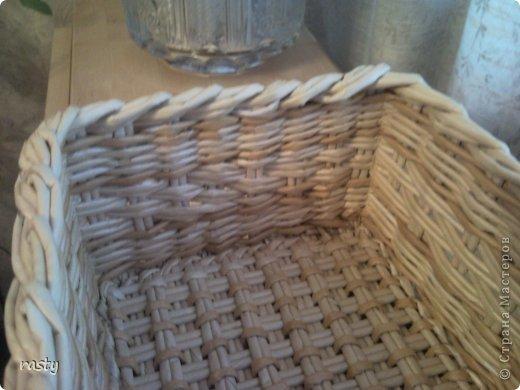 Поделка изделие Плетение Сложное плетеное донышко по МК Тищенко Бумага газетная Трубочки бумажные фото 9