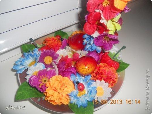 Здравствуйте! Вот и я с новыми работами. Первая - корзинка с цветочками на день рождения очень хорошей девушки. Она замечательный человек!!! Хотелось, чтобы ей улыбнулось счастье!!! фото 6