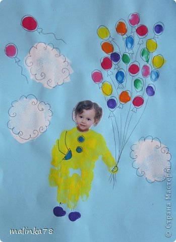 Вот такие рисунки у нас получились с ребятами с помощью отпечатков ладошек и пальчиков фото 1