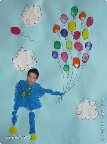Вот такие рисунки у нас получились с ребятами с помощью отпечатков ладошек и пальчиков фото 5
