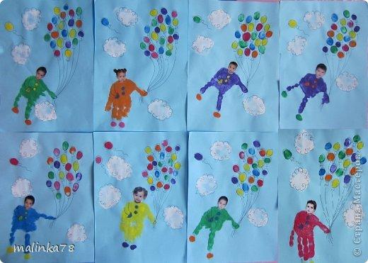 Вот такие рисунки у нас получились с ребятами с помощью отпечатков ладошек и пальчиков фото 8
