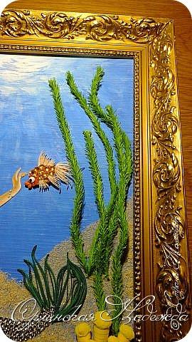 """Добрый вечер, уважаемые жители Страны Мастеров!  Выставляю на Ваш суд очередную работу.  Благодарю Мастеров у которых могла посмотреть и поучиться: Лизу ( azil ) - волосы """" Голубого Ангела """",  Татьяну ( Saphir ) - """" Золотая рыбка """",  Ольгу Ольшак - жемчужина и красные кораллы,  Елену ( Дама-кусудама ) - морские водоросли и губки.     Рыбка, рыбка помоги, золотая сделай милость...  Загадывайте желания!!! фото 9"""