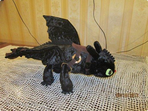 Попросили меня сшить дракона Беззубика для девочки семи лет, дело для меня новое ( игрушки я не шила), пересмотрела в интернете всё, что смогла найти и приступила к делу. фото 2