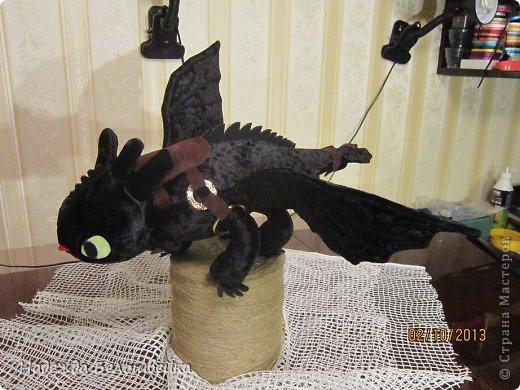 Попросили меня сшить дракона Беззубика для девочки семи лет, дело для меня новое ( игрушки я не шила), пересмотрела в интернете всё, что смогла найти и приступила к делу. фото 4