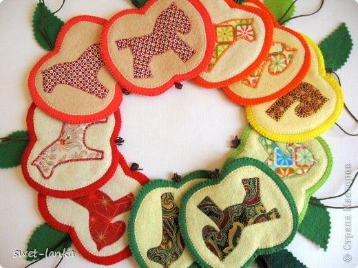 Игрушка Мастер-класс Новый год Шитьё Мастер-класс Кони в яблоках Ткань Фетр фото 1
