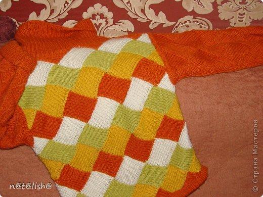 Пуловер связан спицами из 100% шерсти.  фото 5