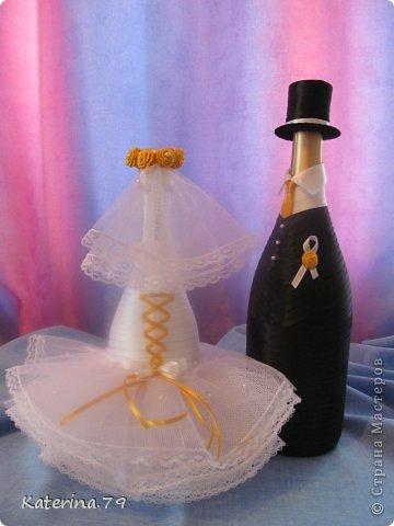 Всем доброго дня! Сегодня хочу показать свои свадебные бутылочки! Это моя первая работа для свадьбы!  фото 7