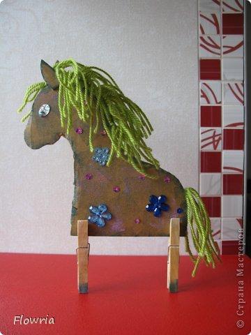 """Приветствую всех! Сегодня я к Вам с очень простеньким МК. Это Лошадка Глафира))) Следующий год - год Синей (или Зеленой) Лошади. Я участвую в конкурсе """"Лошади бывают разные"""" http://stranamasterov.ru/node/612099 фото 21"""
