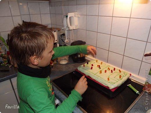 Именинник с тортом фото 4