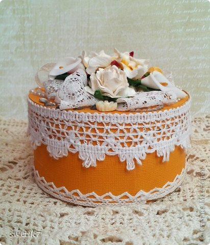 Всем привет! Сегодня я покажу небольшую шкатулочку для мелочей. Вот такое получмлось пироженное-тортик))))) фото 4