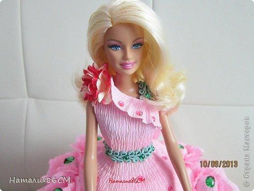 Здравствуйте мастера и мастерицы свит-дизайна. После увиденных работ с куклами решила показать своих барби, не судите сторого до вас мне учиться и учиться. Розовая с переходом. конфенты фундук в шеколаде фото 5